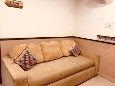 Gallery Cover Image of 900 Sq.ft 2 BHK Apartment for rent in Dhakuria for 28000