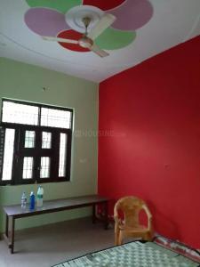 Gallery Cover Image of 900 Sq.ft 3 BHK Independent Floor for buy in Govindpuram for 2500000