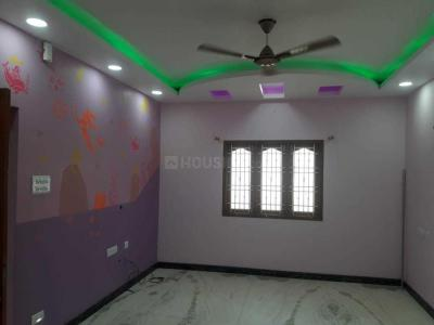 Gallery Cover Image of 3500 Sq.ft 4 BHK Independent House for rent in Velachery for 42000