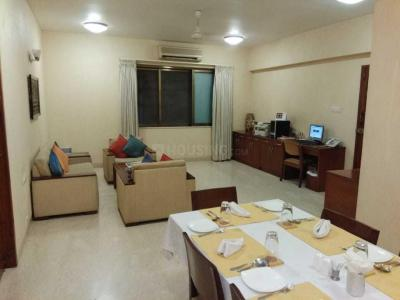 Gallery Cover Image of 1000 Sq.ft 2 BHK Apartment for rent in Malabar Hill for 150000