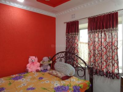 Gallery Cover Image of 350 Sq.ft 1 RK Apartment for buy in Santoshpur for 2100000