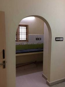 Gallery Cover Image of 1200 Sq.ft 3 BHK Independent House for rent in Madipakkam for 16000