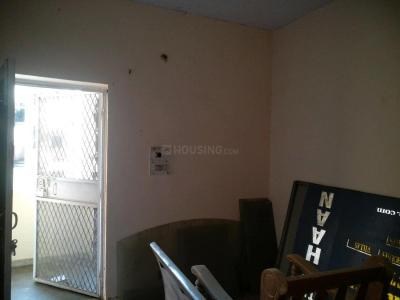 Gallery Cover Image of 600 Sq.ft 1 BHK Apartment for rent in Paschim Vihar for 14000
