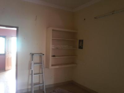Gallery Cover Image of 550 Sq.ft 1 BHK Independent Floor for rent in Nanganallur for 9000
