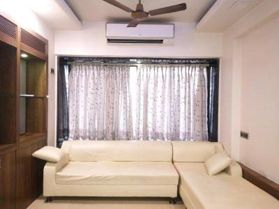Gallery Cover Image of 550 Sq.ft 1 BHK Apartment for rent in Andheri West for 40000
