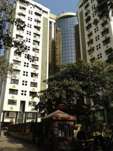 Gallery Cover Image of 1450 Sq.ft 3 BHK Apartment for buy in Goregaon East for 28000000