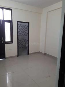 Gallery Cover Image of 900 Sq.ft 2 BHK Independent Floor for rent in Noida Extension for 7500