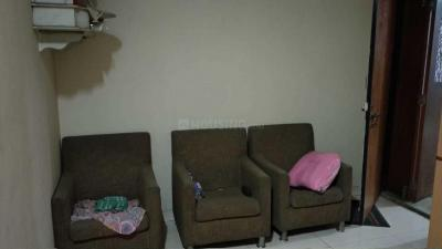 Gallery Cover Image of 565 Sq.ft 1 BHK Apartment for rent in Kandivali East for 22000