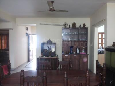 Gallery Cover Image of 2000 Sq.ft 3 BHK Apartment for rent in Neeladri Mahal, Benson Town for 41000