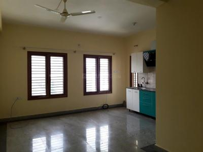 Gallery Cover Image of 1000 Sq.ft 1 BHK Apartment for rent in Kasturi Nagar for 20000
