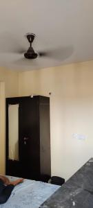 Gallery Cover Image of 810 Sq.ft 2 BHK Apartment for rent in Apex Our Homes, Sector 37C for 9000