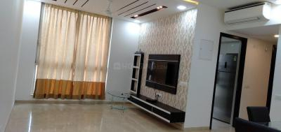 Gallery Cover Image of 1250 Sq.ft 2 BHK Apartment for rent in Powai for 100000