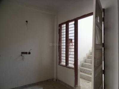 Gallery Cover Image of 1350 Sq.ft 2 BHK Independent Floor for rent in Sector 52 for 20000