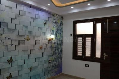 Gallery Cover Image of 400 Sq.ft 1 BHK Apartment for buy in Uttam Nagar for 1800000