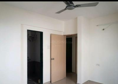 Gallery Cover Image of 1000 Sq.ft 2 BHK Apartment for rent in Nishigandha, Kothrud for 17000
