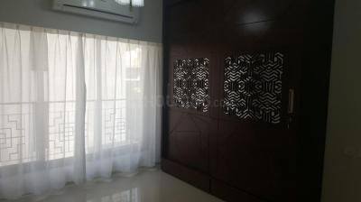 Gallery Cover Image of 1140 Sq.ft 3 BHK Apartment for rent in Santacruz West for 140000
