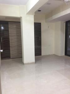 Gallery Cover Image of 1500 Sq.ft 3 BHK Apartment for rent in Dhanush Kutti Apartment, Khar West for 90000