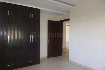 Gallery Cover Image of 2810 Sq.ft 4 BHK Apartment for rent in DLF Phase 5 for 105000