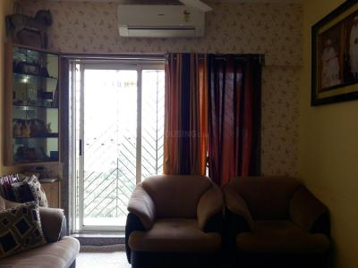 Gallery Cover Image of 670 Sq.ft 1 BHK Apartment for buy in Thane West for 7500000
