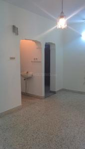 Gallery Cover Image of 800 Sq.ft 2 BHK Apartment for rent in Vadapalani for 11000