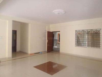 Gallery Cover Image of 1600 Sq.ft 2 BHK Apartment for rent in 5th Phase for 20000