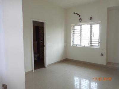 Gallery Cover Image of 1660 Sq.ft 3 BHK Apartment for buy in Korattur for 13500000