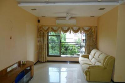 Gallery Cover Image of 1100 Sq.ft 2 BHK Apartment for rent in Lokhandwala Chrysalis, Juhu for 98000