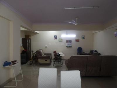 Gallery Cover Image of 1380 Sq.ft 2 BHK Apartment for rent in Esteem Royale, Koramangala for 40000