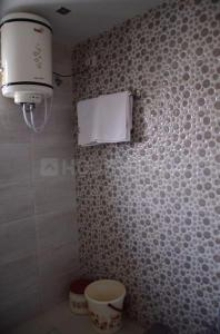 Gallery Cover Image of 650 Sq.ft 1 BHK Independent Floor for rent in Ac Block, Shalimar Bagh for 14000