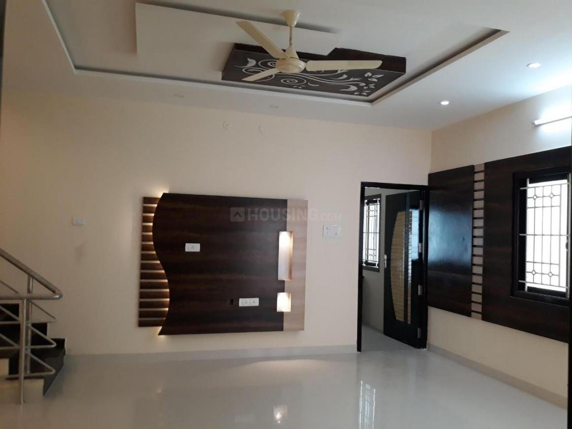 Living Room Image of 2100 Sq.ft 4 BHK Independent House for buy in Punkunnam for 6500000
