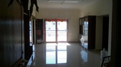 Gallery Cover Image of 1500 Sq.ft 3 BHK Apartment for rent in Miyapur for 21000
