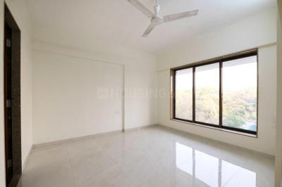 Gallery Cover Image of 1000 Sq.ft 2 BHK Apartment for rent in Goregaon East for 34000