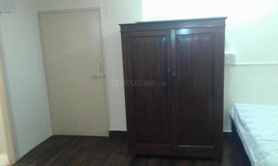 Gallery Cover Image of 350 Sq.ft 1 RK Apartment for rent in Bandra West for 35000