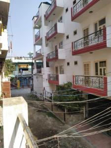 Gallery Cover Image of 800 Sq.ft 1 BHK Independent Floor for buy in Haripur Kalan for 1500000