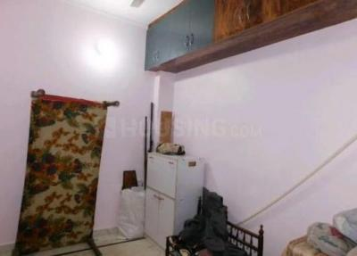Gallery Cover Image of 900 Sq.ft 1 BHK Independent House for rent in Ashok Vihar Phase II for 5000