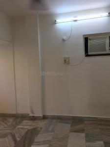 Gallery Cover Image of 500 Sq.ft 1 BHK Apartment for rent in Khar Danda for 42000