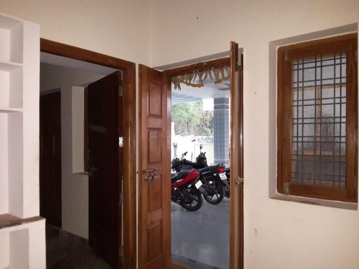 Living Room Image of 850 Sq.ft 2 BHK Apartment for rent in Habsiguda for 10000