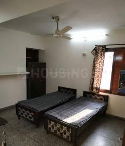 Bedroom Image of Girls PG in Sector 39
