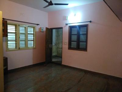 Gallery Cover Image of 750 Sq.ft 2 BHK Independent House for rent in Indira Nagar for 19000