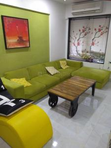 Gallery Cover Image of 710 Sq.ft 1 BHK Apartment for rent in Bandra West for 70000