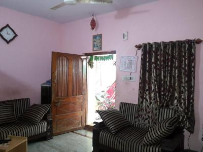 Gallery Cover Image of 1300 Sq.ft 3 BHK Apartment for rent in Mathikere for 20000