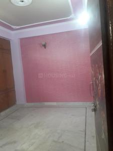 Gallery Cover Image of 720 Sq.ft 2 BHK Apartment for rent in C-9/3 DLF, DLF Ankur Vihar for 5500