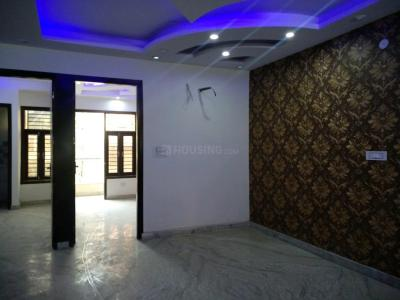 Gallery Cover Image of 900 Sq.ft 3 BHK Independent Floor for buy in Matiala for 4500000