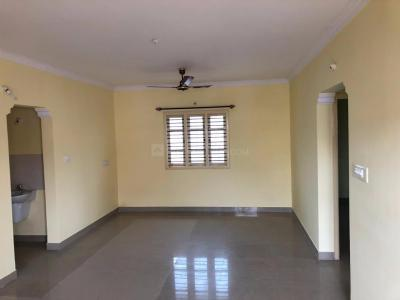 Gallery Cover Image of 1200 Sq.ft 3 BHK Apartment for rent in Kudlu for 17000