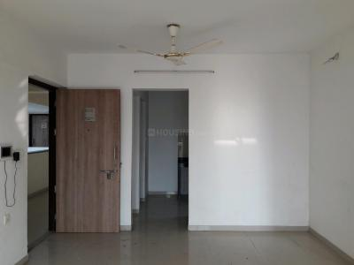 Gallery Cover Image of 909 Sq.ft 2 BHK Apartment for rent in Palava Phase 1 Nilje Gaon for 10000