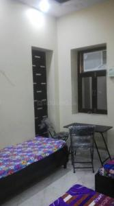 Bedroom Image of Asha Raj Girls PG in Kamla Nagar