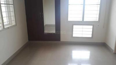 Gallery Cover Image of 1500 Sq.ft 3 BHK Apartment for rent in Manapakkam for 22000