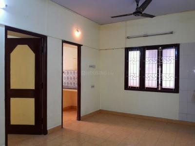 Gallery Cover Image of 850 Sq.ft 2 BHK Apartment for buy in Mogappair for 5900000