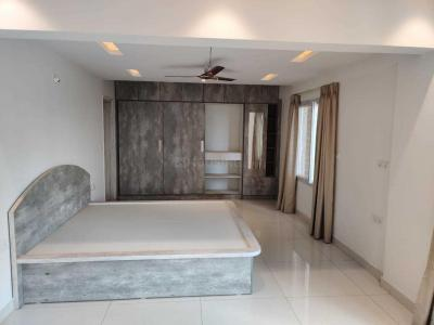 Gallery Cover Image of 2500 Sq.ft 3 BHK Apartment for rent in Rayasandra for 55000