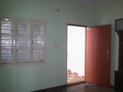 Gallery Cover Image of 450 Sq.ft 1 BHK Independent Floor for rent in Hosakerehalli for 6000